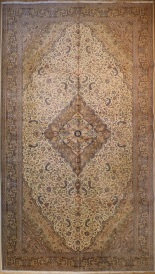 R3600 Antique Persian Carpet