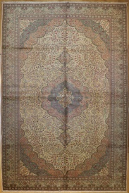 R4112 Antique Persian Carpet