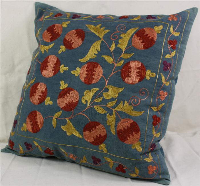 Carpets C22 Silk Cushion Pillow Cover