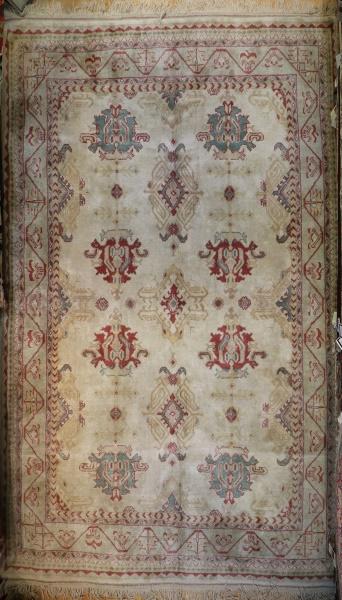 R9356  Turkish Ushak Carpet