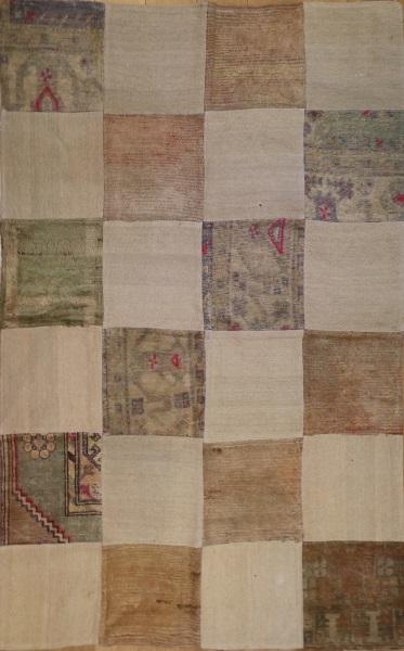 R3280 Anatolian Carpet Patchwork