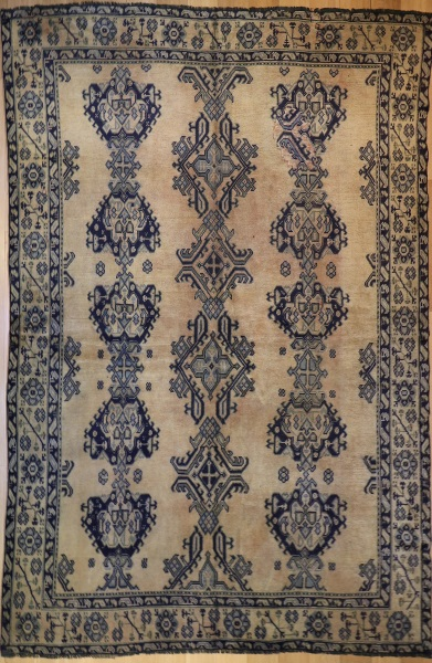 R3371 Antique Turkish Ushak Carpet