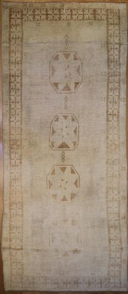 R3593 Antique Ushak Carpet