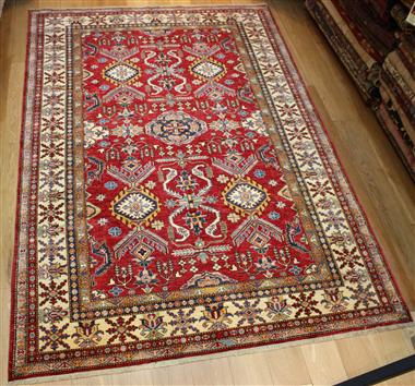 R8118 Beautiful Decorative Handmade Kazak Carpet