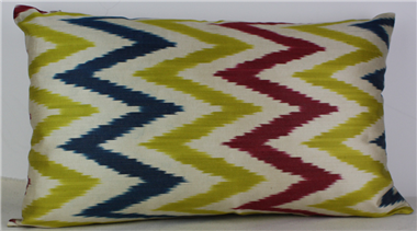 i42 Handmade ikat pillow cover