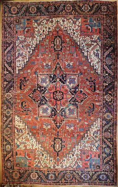 R6932 Persian Heriz Carpet