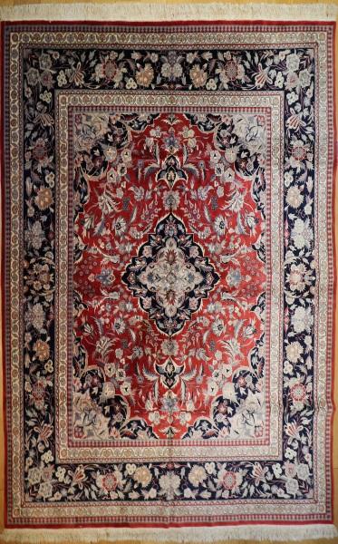 R7427 Persian Kashan Carpet