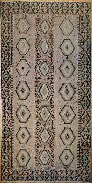 F27 Vintage Anatolian Esme Kilim Rug