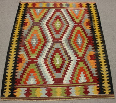 Vintage Turkish Kilim Rug R8723