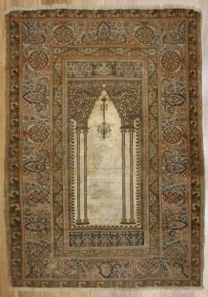 Wonderful Hand Woven Antique Turkish Ghiordes Rug R7760